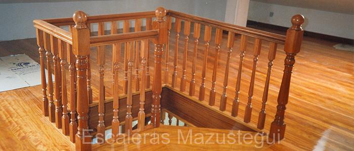 balaustrada clasica, barandilla de madera, barandilla torneada, barandilla para escalera