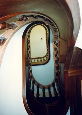 balaustrada con curvas, balaustrada de madera en espiral,balaustrada de madera