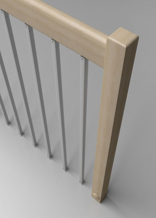 baranda de metal y madera, baranda con barrotes de metal, baranda con pasamanos de madera